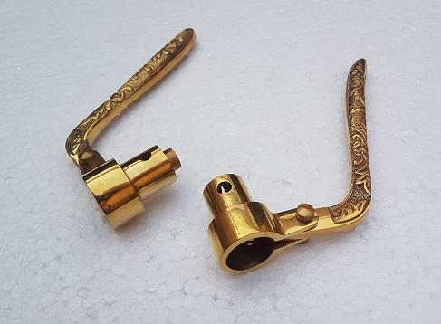 Heavy engraved inverted lever yoke set